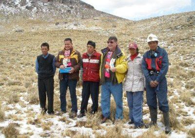 Ralph Bolton and David Cajo, Chijnaya Foundation with Coarita scholarship recipients from 2009